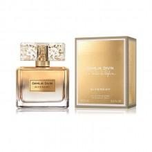 Givenchy Dahlia Divin е женски парфюм с изискан и чувствен дървесен аромат, флорални и плодови нотки