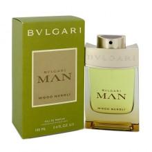 Bvlgari Man Wood Neroli е мъжки парфюм с много свеж дървесен аромат, мускусни нотки и цветни нотки