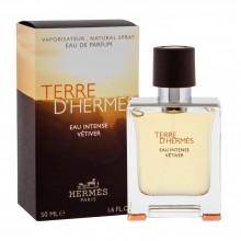 Hermès Terre d'Hermès Eau Intense Vétiver е мъжки парфюм със свеж и наситен дървесен аромат, с ухание на ветивер и сечуански пипер