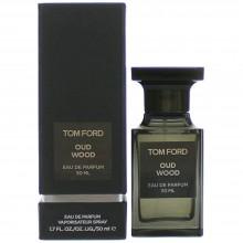 Tom Ford Private Blend Oud Wood е унисекс парфюм със съблазнителен дървесен аромат, ориенталски, пикантни нотки и подправки