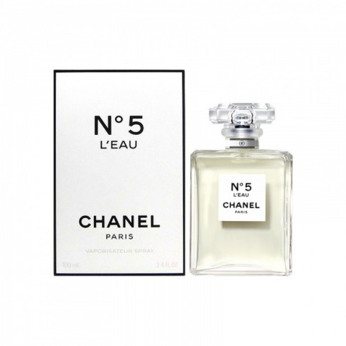 Chanel No 5 L`Eau е женски парфюм, със свеж и елегантен, плодово-цветен аромат с ориенталски нотки, съчетал класика и модерност