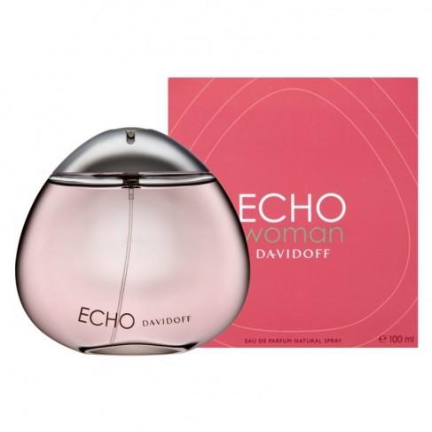 Davidoff Echo е женски парфюм с плодово-цветен аромат с дървесни нотки и ухание на грозде и цветя