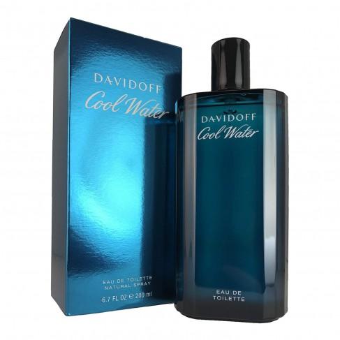 Davidoff Cool Water е мъжки парфюм с наситен и свеж, ориенталски цветен аромат с уханни подправки