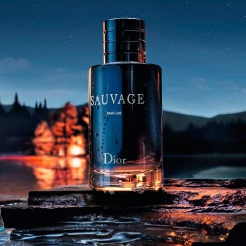 Christian Dior Sauvage е мъжки парфюм с наситен и чувствен, ориенталски аромат с плодово-ванилови нотки - 2