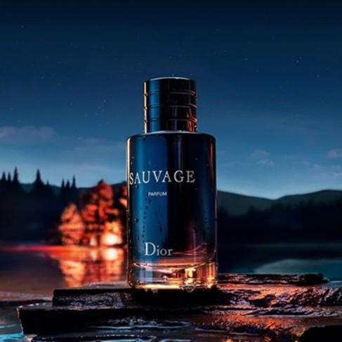 Dior Sauvage Parfum е мъжки парфюм с наситен и съблазнителен ориенталски аромат със свежи цитрусови нотки - 2