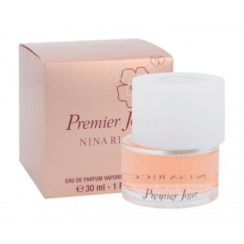 Nina Ricci Premier Jour е женски парфюм с нежен цветен аромат, плодови и ориенталски нотки и изискано ухание