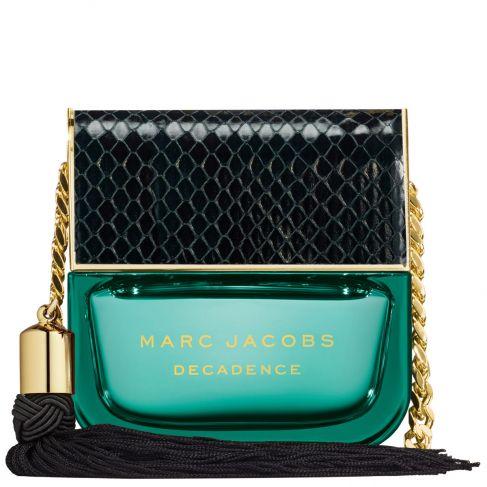 Marc Jacobs Decadence е съблазнителен женски парфюм с ориенталски цветен аромат, плодови нотки и омайващо ухание