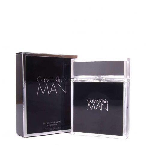 Calvin Klein Man е мъжки парфюм със свеж и чувствен дървесно-ориенталски аромат, плодови нотки и уханни подправки