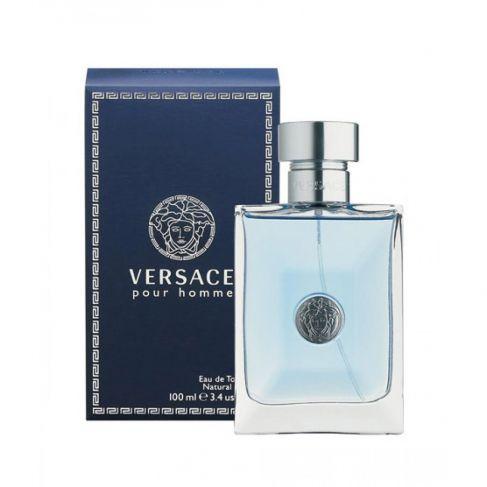 Versace Pour Homme е мъжки парфюм с чувствен и свеж, ориенталски цветен аромат с плодови нотки и изискано ухание